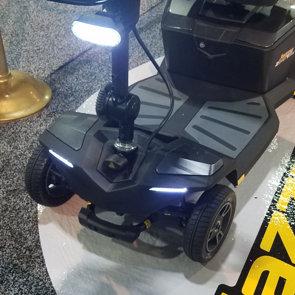 Pride Jazzy Zero Turn New Product Review 2017 Mobility Scooters